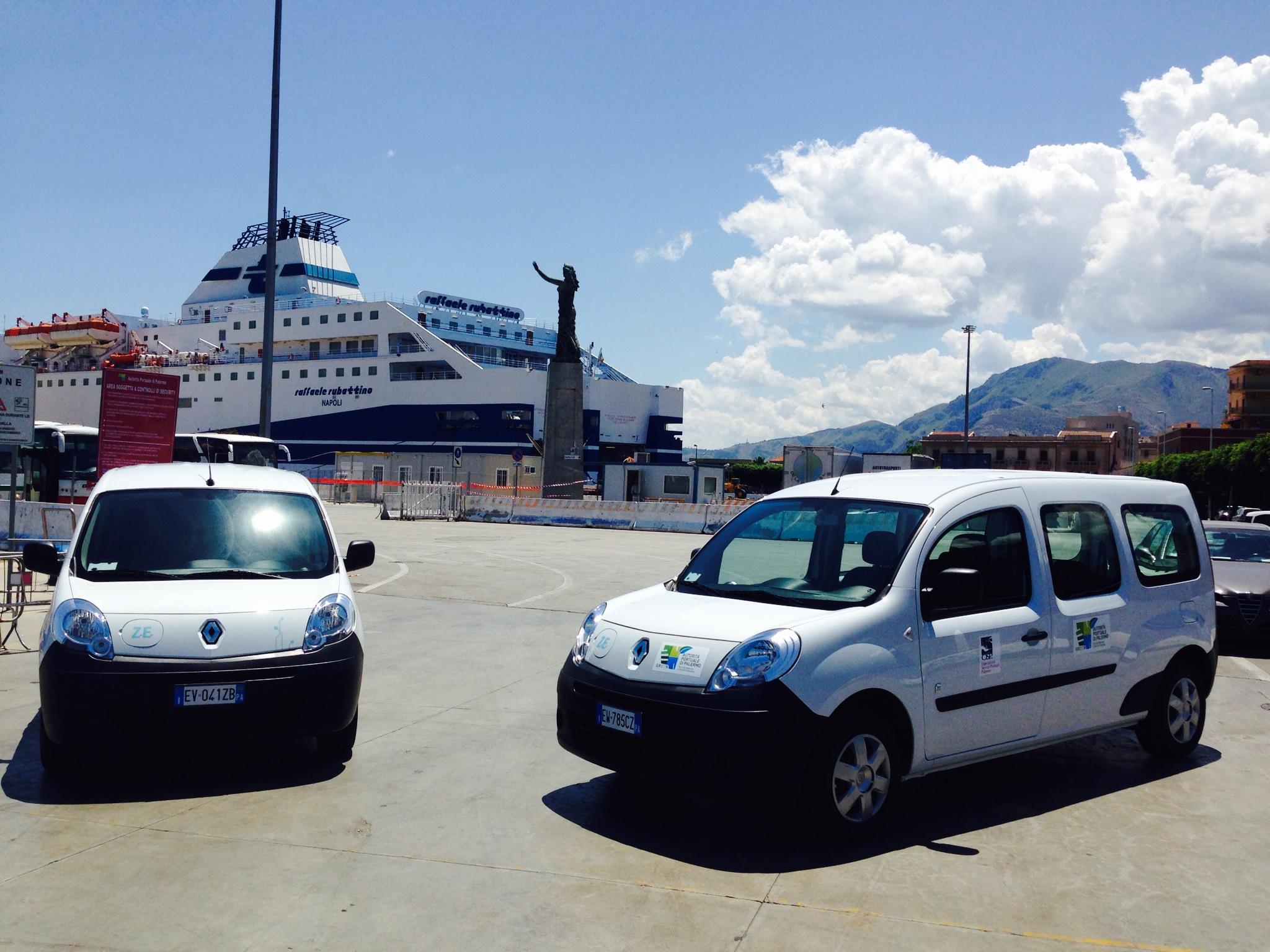 Al porto di Palermo mobilità verde con Kangoo Z.E.