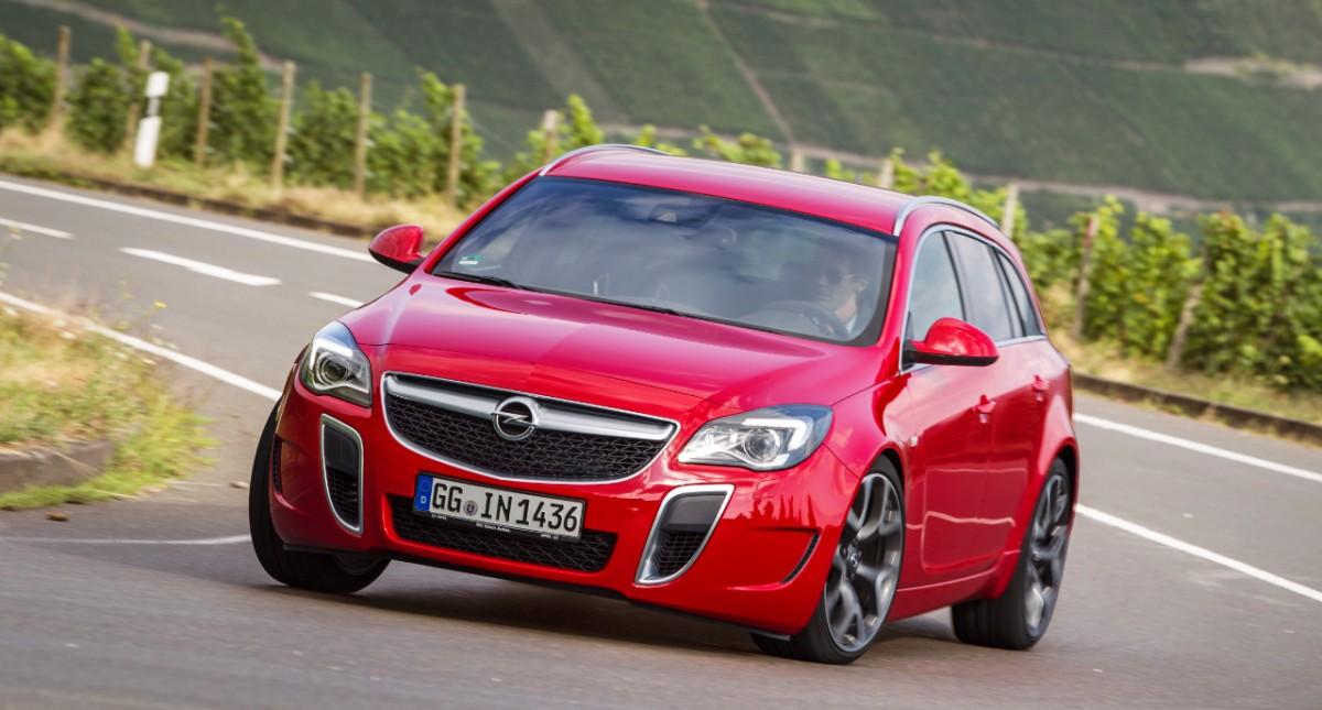 Opel: già 100.000 ordini per la nuova Insignia