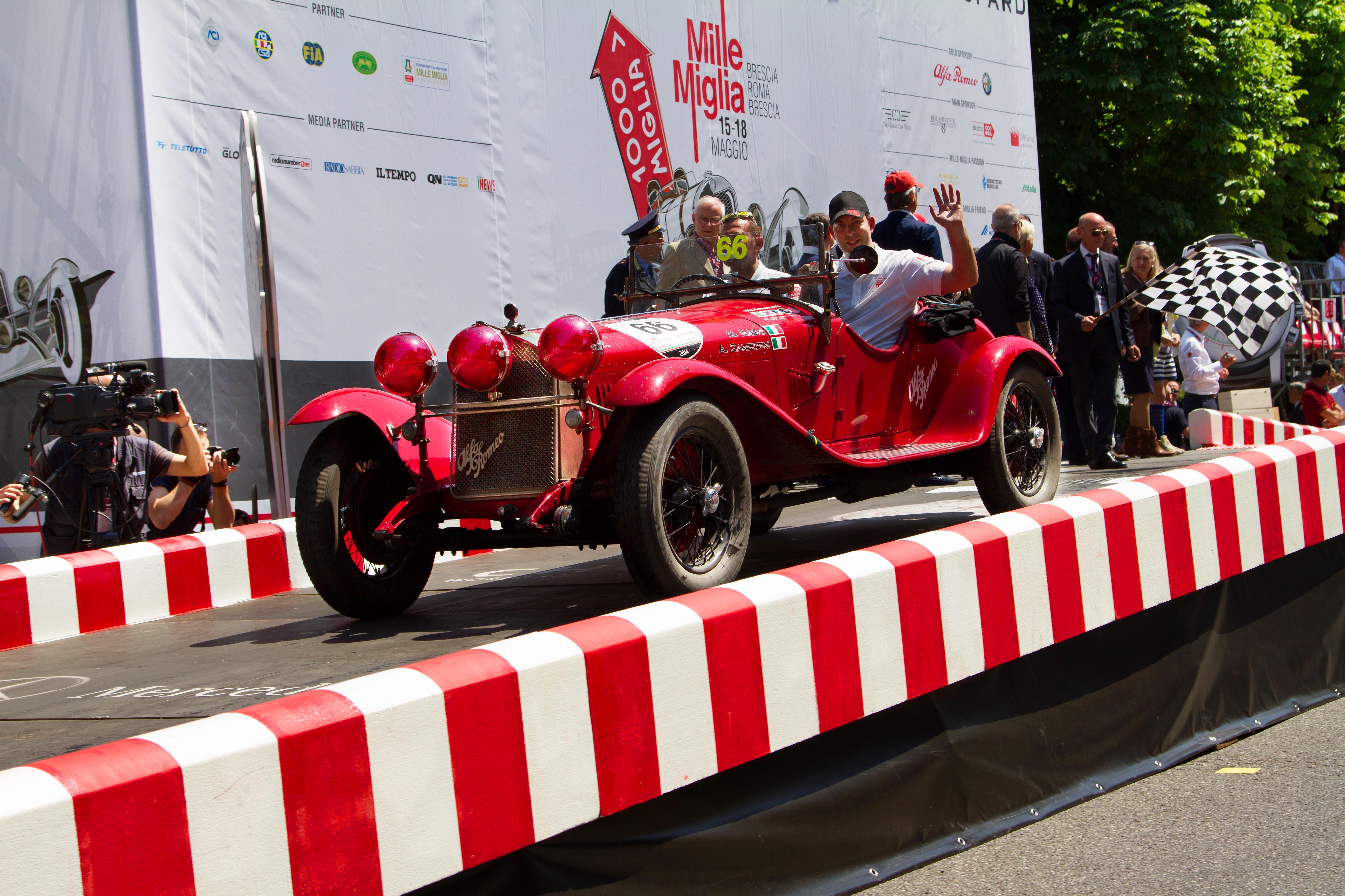 La Squadra Ufficiale Alfa Romeo sul podio della Mille Miglia