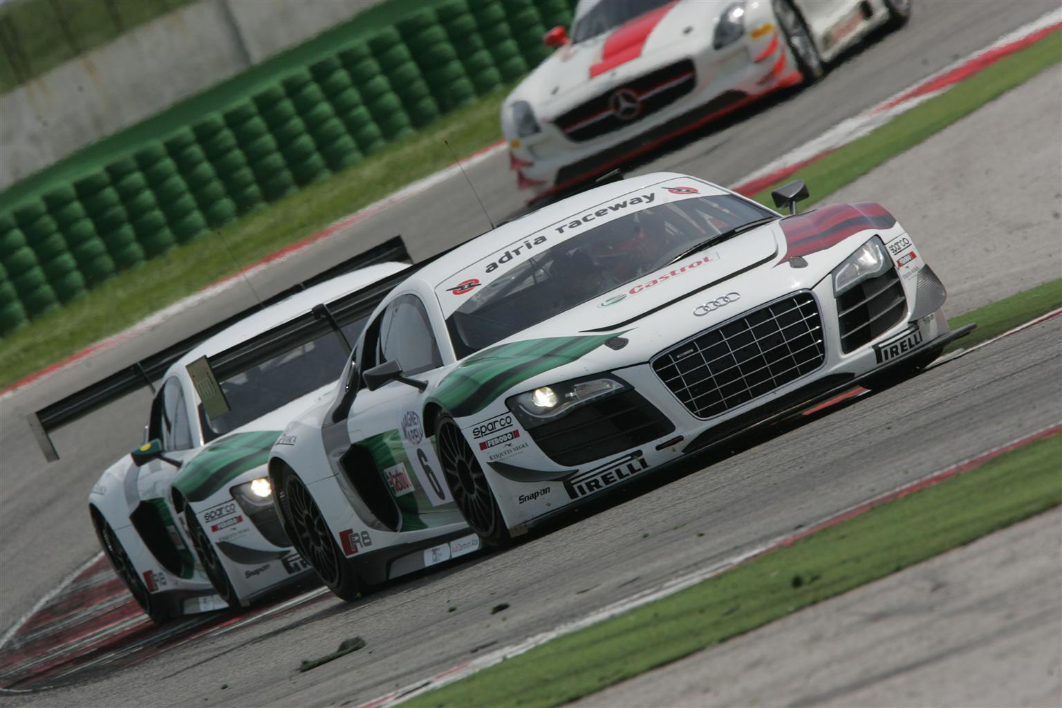 Audi R8 LMS ultra: bis di successi a Misano
