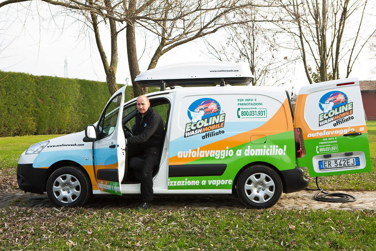 Ecoline Wash autolavaggio a vapore a domicilio