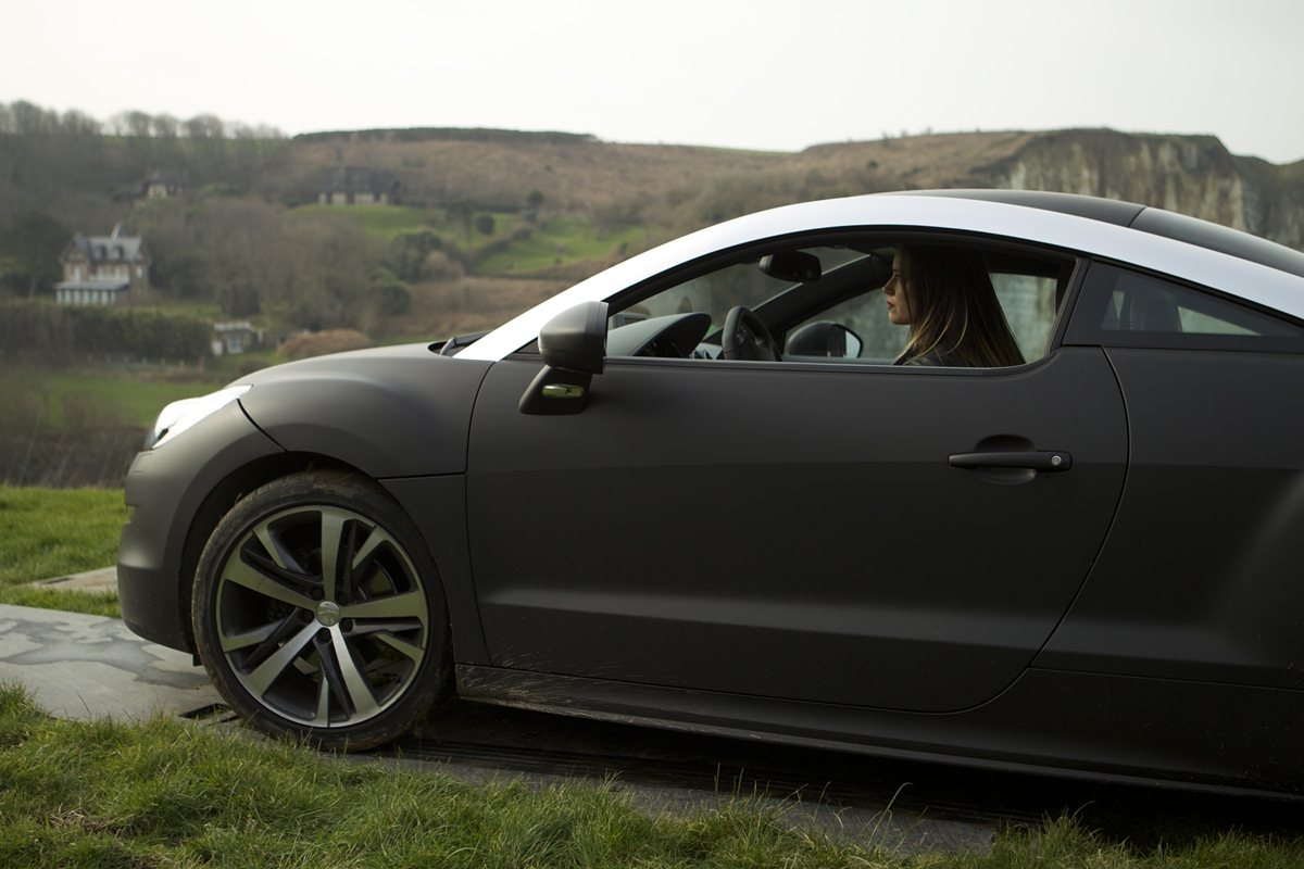 "RCZ, 208 GTI, Kevin Costner in ""3 Days to Kill"""