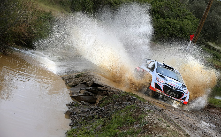 Hyundai World Shell Rally Team al Rally Italia Sardegna