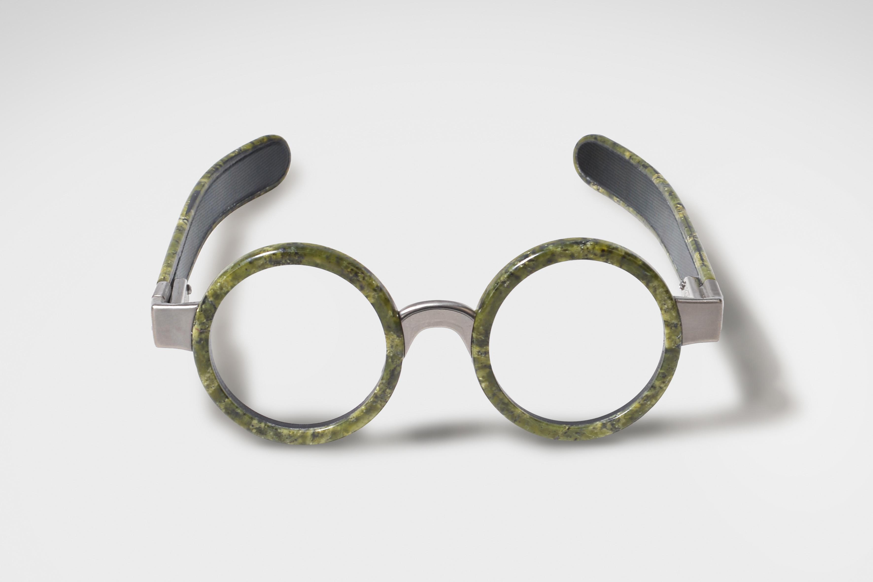 EGO, il primo occhiale al mondo in marmo