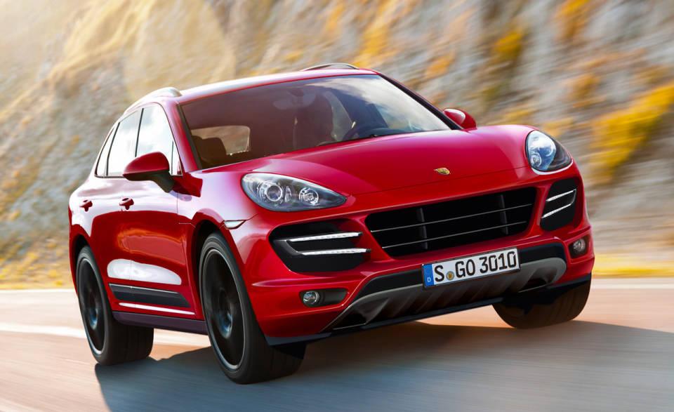 Porsche: richiamo per 2.500 Macan