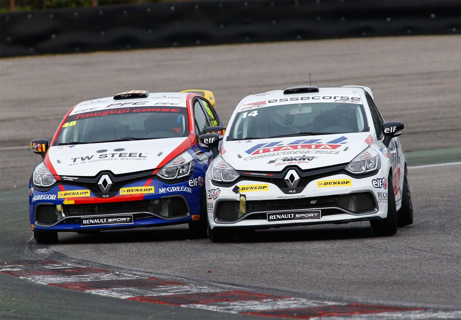 Clio Cup Italia: Gara 1 a Iacone