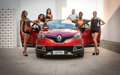 "Captur Project Runway sfila alla ""Renault Fashion Week"""
