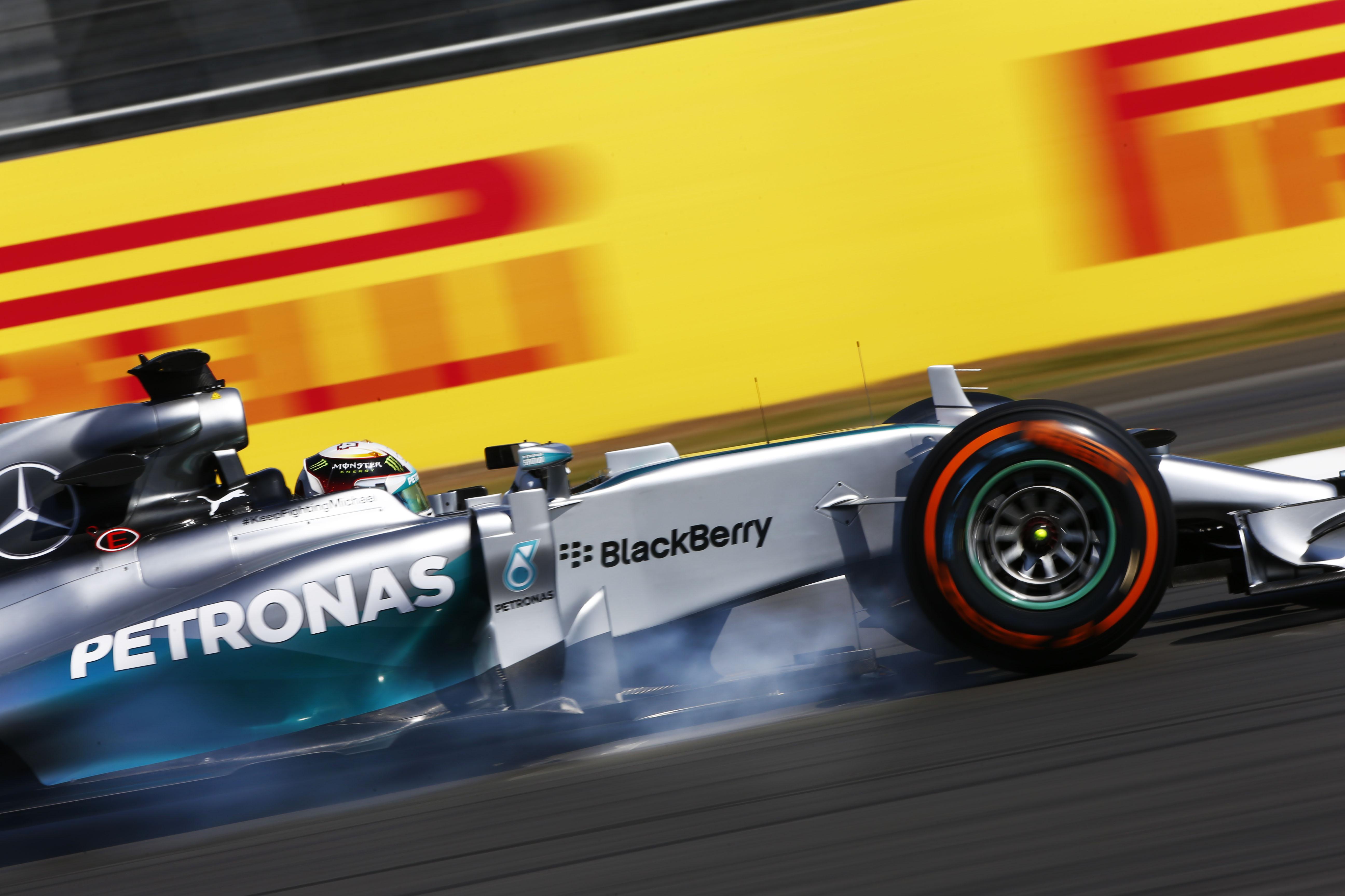 Abu Dhabi: Hamilton nelle FP1, Ferrari 3° e 12°