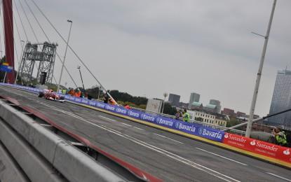 Kimi e la Ferrari in viaggio per Rotterdam