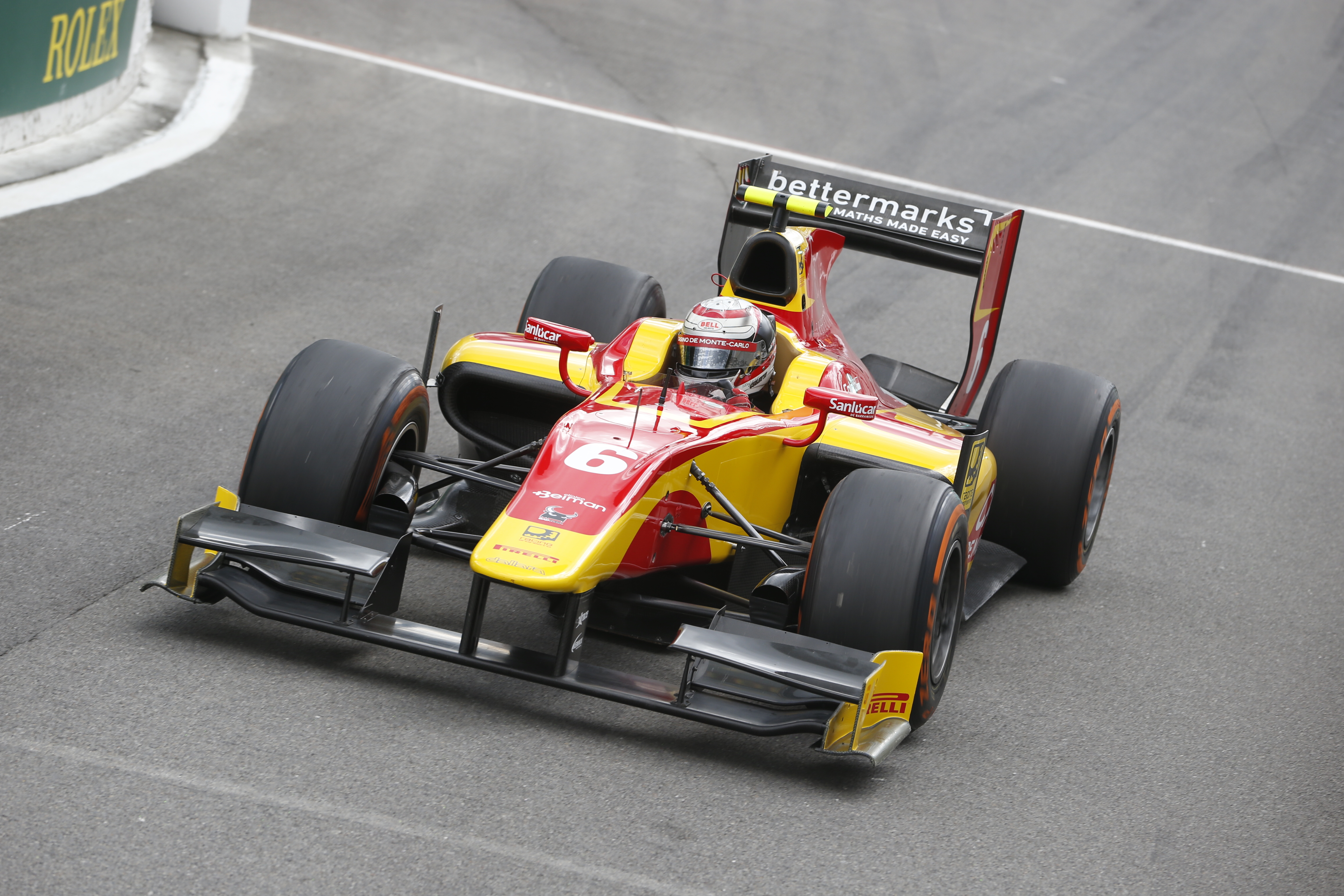 """GP2: Racing Engineering celebra il successo di """"Lello"""""""