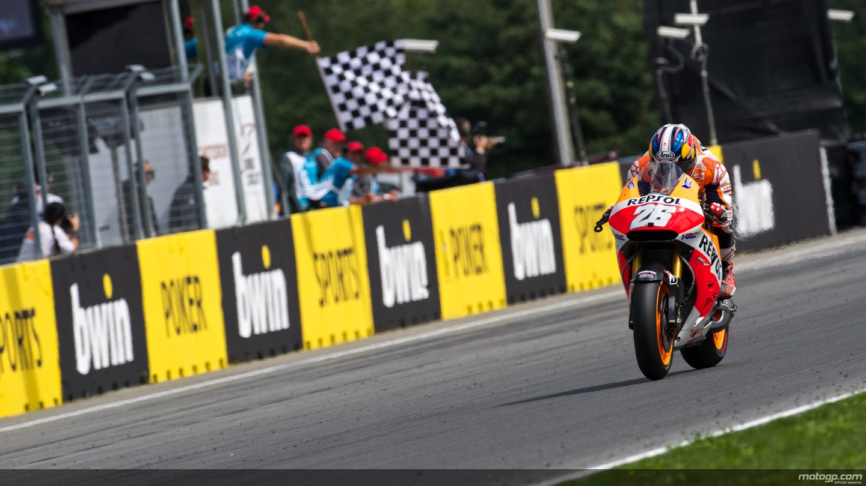 Brno: Pedrosa-Lorenzo-Rossi. Marquez 4°
