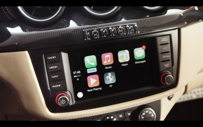 "È ""italiana"" la prima FF con CarPlay"