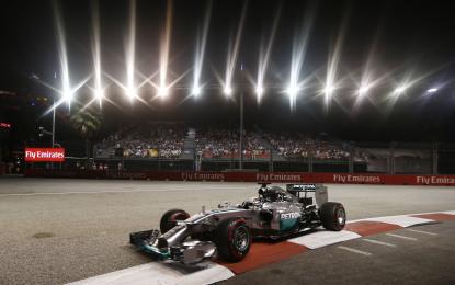 Singapore: Hamilton in pole per 7 millesimi su Rosberg