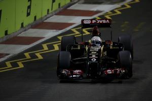 Marina Bay Circuit, Singapore. Saturday 20 September 2014. Romain Grosjean, Lotus E22 Renault. World Copyright: Charles Coates/Lotus F1. ref: Digital Image _J5R6742