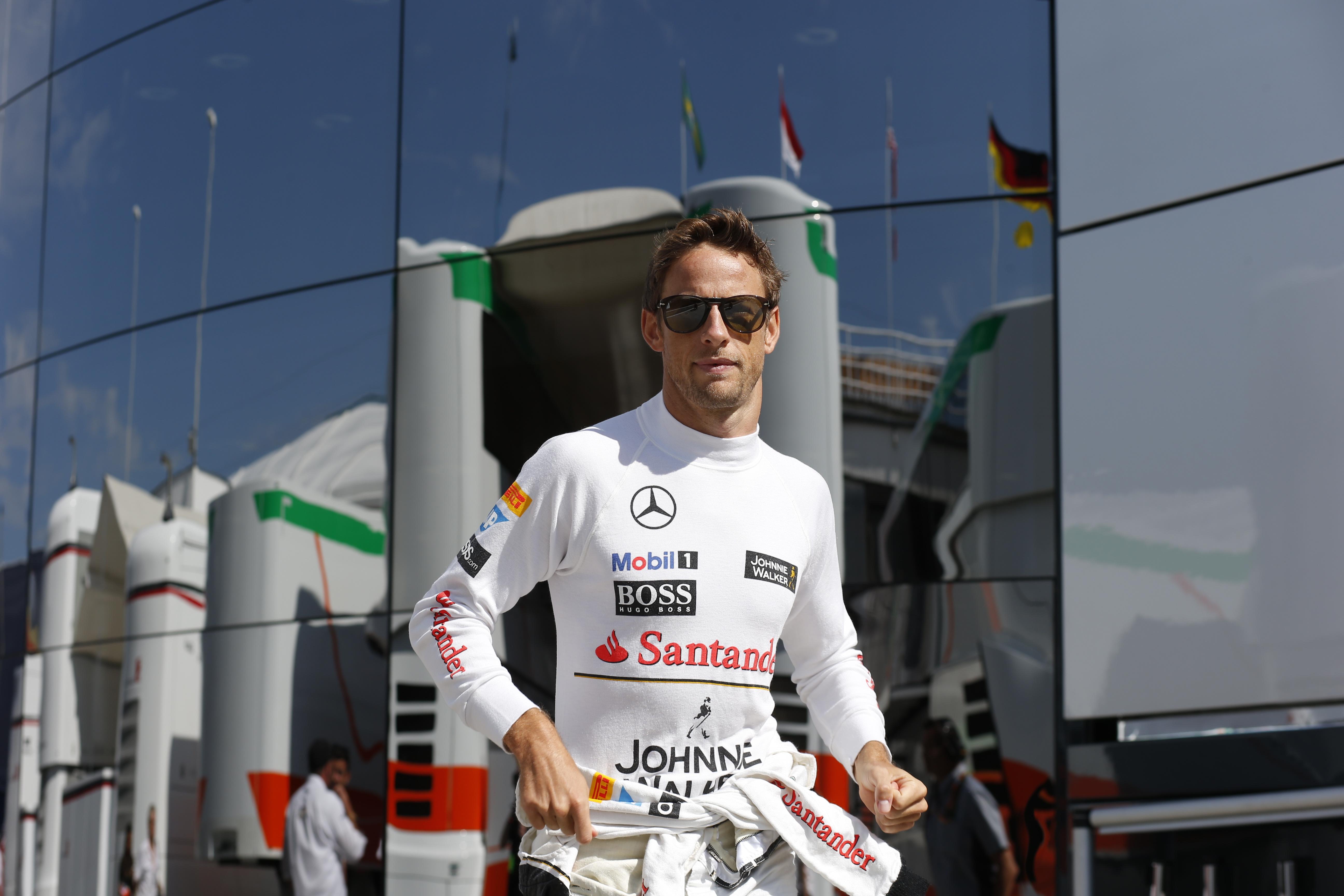 """Button: """"Mi sto divertento e per ora non vedo oltre la F1"""""""