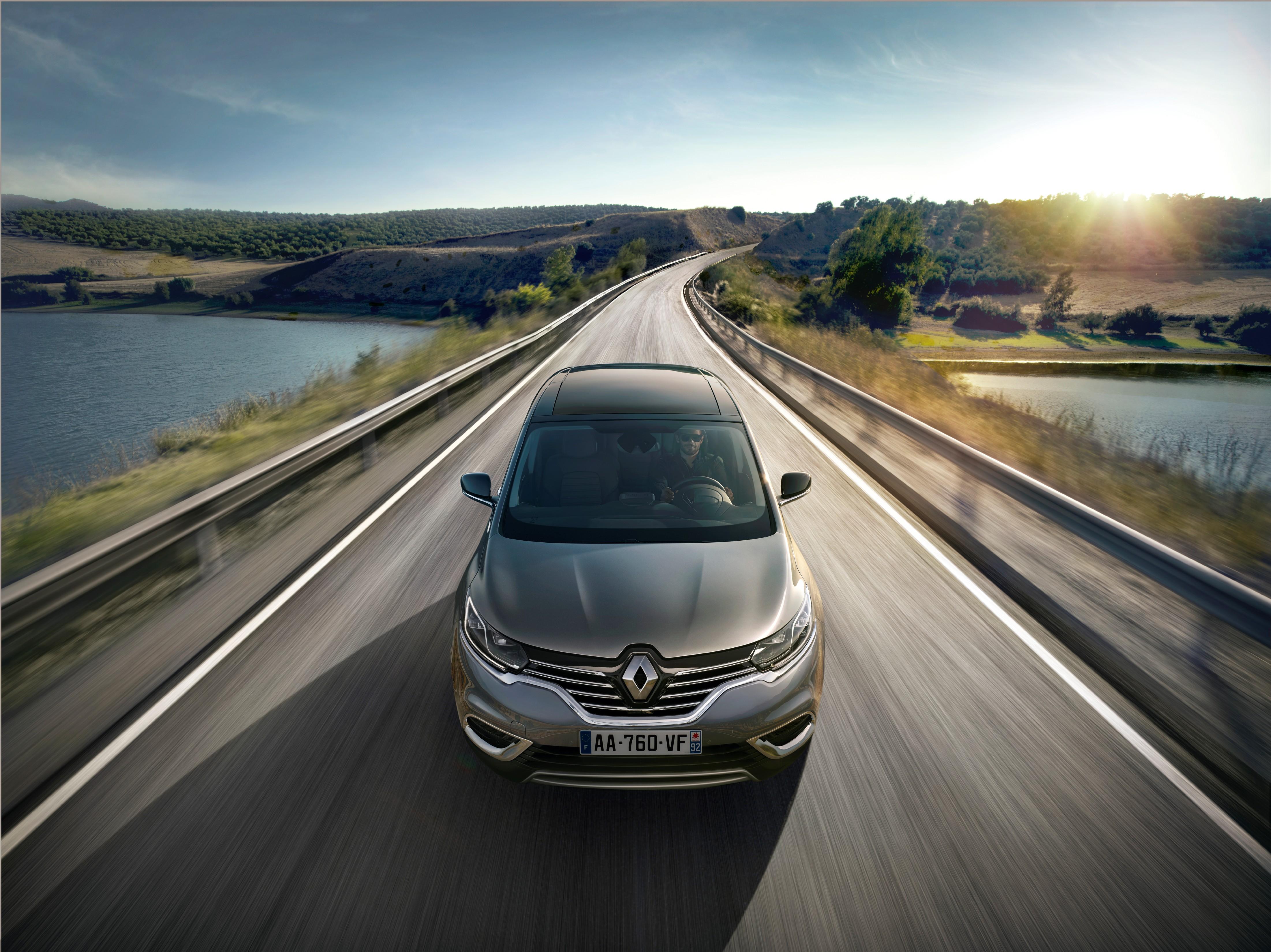 Renault reinventa Espace