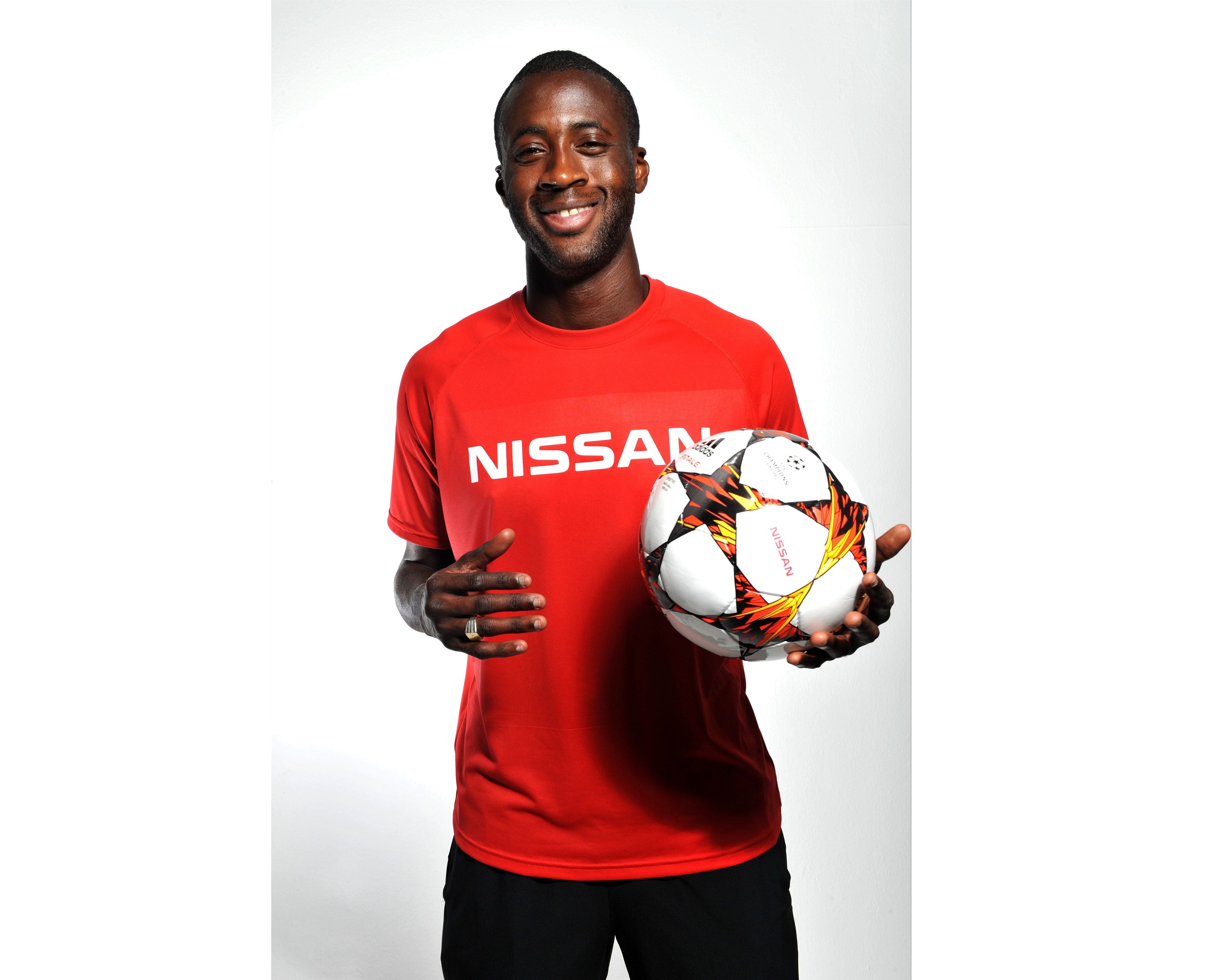 Yaya Touré nuovo ambasciatore mondiale Nissan