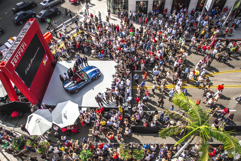 Mille Ferrari a Beverly Hills. E la F60America