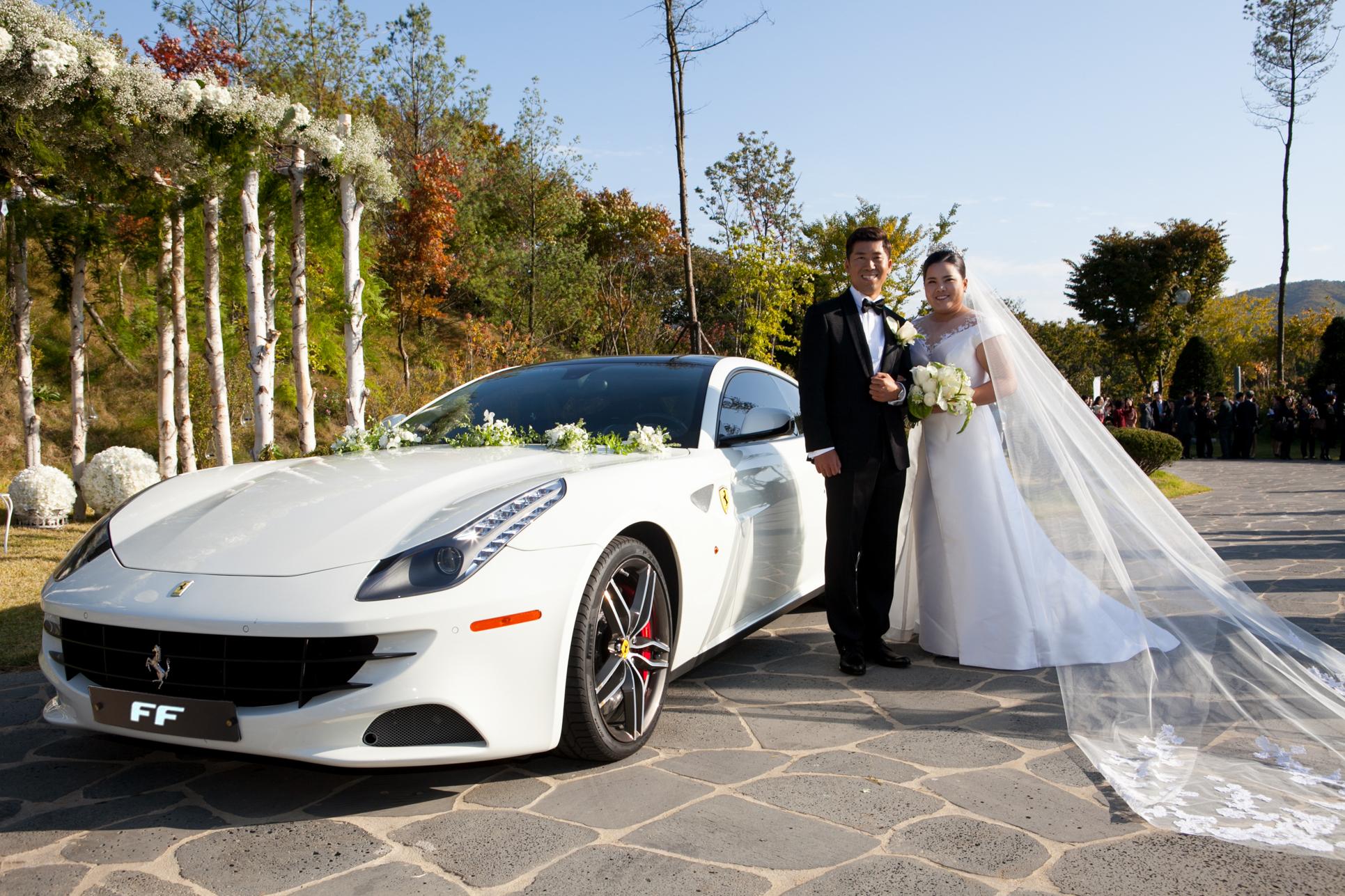 La campionessa coreana si sposa in Ferrari…