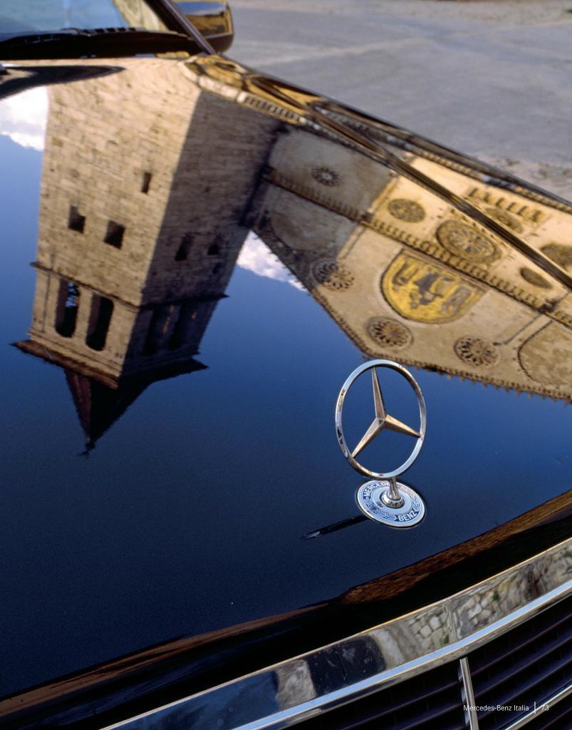"""Mercedes-Benz Italia: 40 anni in un """"AutoRitratto"""""""