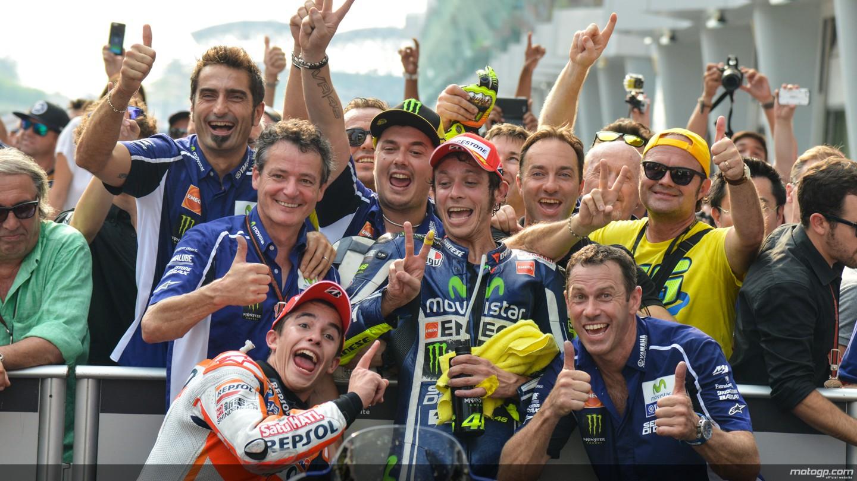 MotoGP: Marquez nella storia, scortato da Rossi e Lorenzo