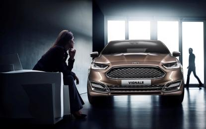 Ford a Parigi con la Vignale Lounge e la Lifestyle Collection