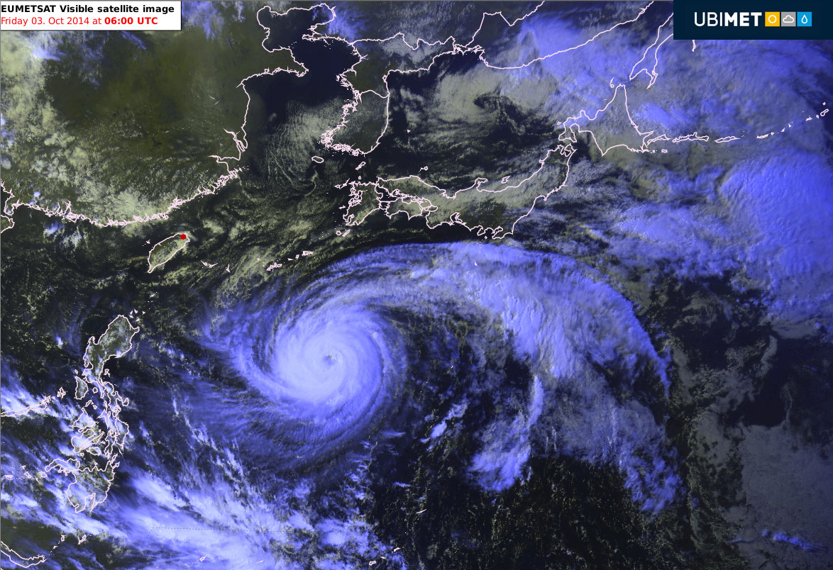 Giappone: le previsioni per il tifone PHANFONE