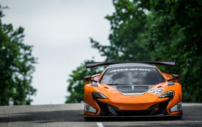 La McLaren 650S GT3 alla Gulf 12 Hour