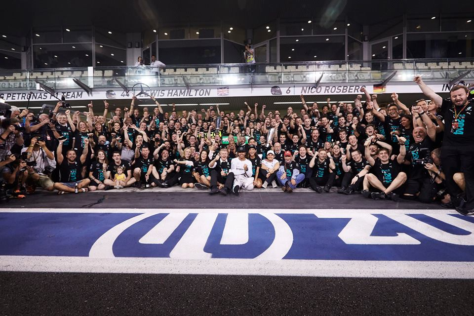 Mercedes-Benz celebra una stagione record