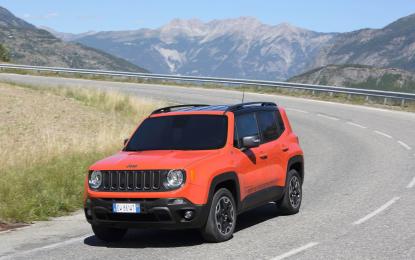 "Nuova Jeep Renegade a ""Paratissima 10"""