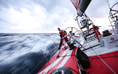 Volvo Ocean Race: il dilemma della tempesta