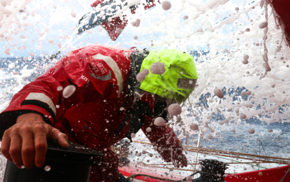 Volvo Ocean Race: la flotta divisa in due