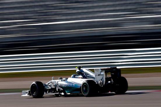 Brasile: primo round a Rosberg