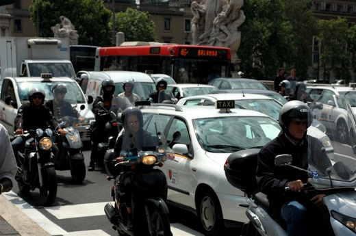 Milano: stop alle due ruote in Area C