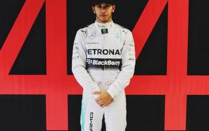 La FIA conferma i numeri dei piloti. Lewis col 44