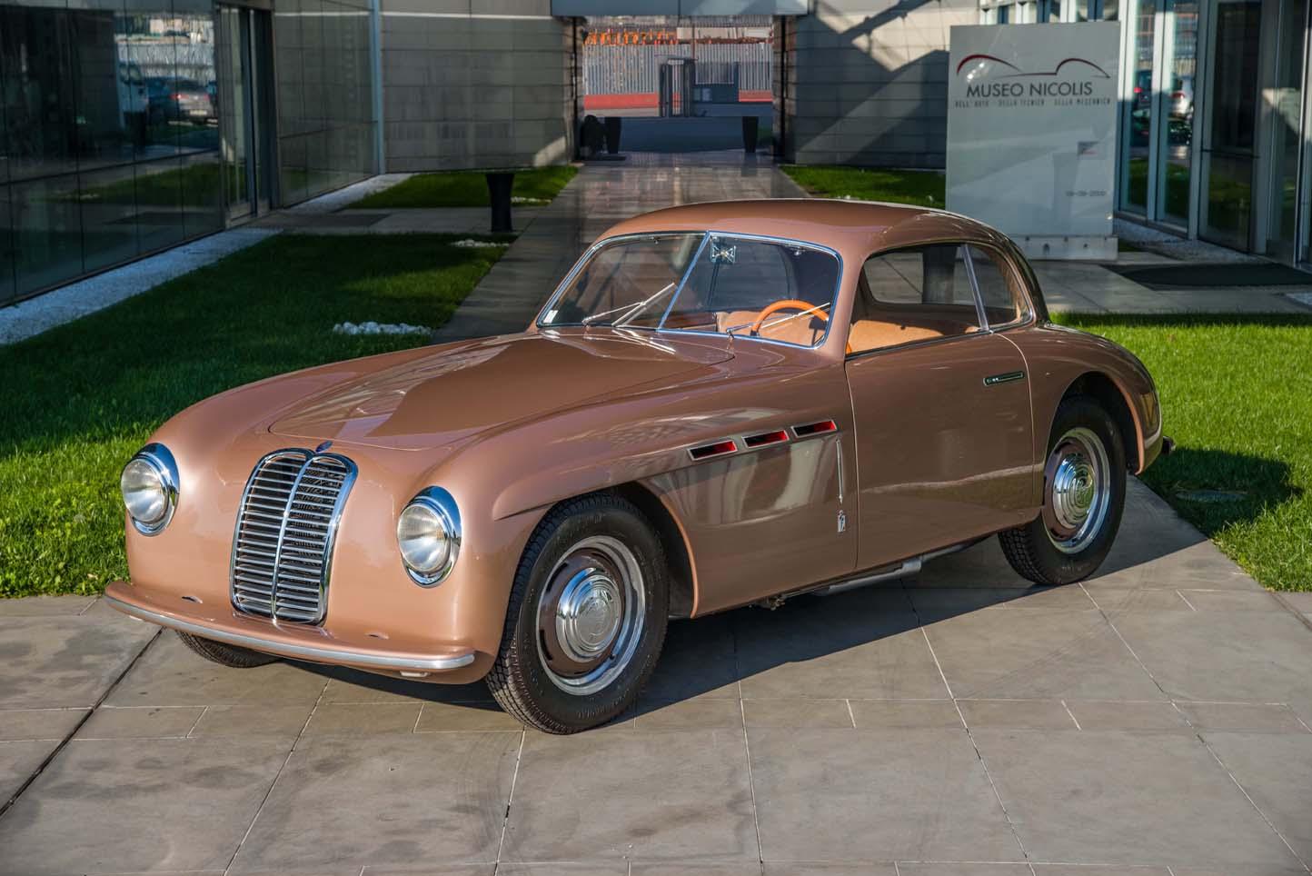 Una Maserati del Museo Nicolis al Museo Ferrari