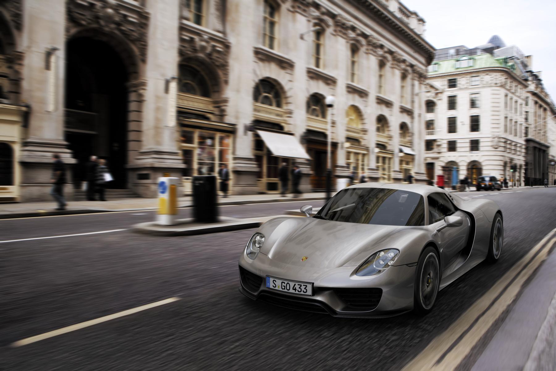 Porsche: richiamo per 205 modelli 918 Spyder