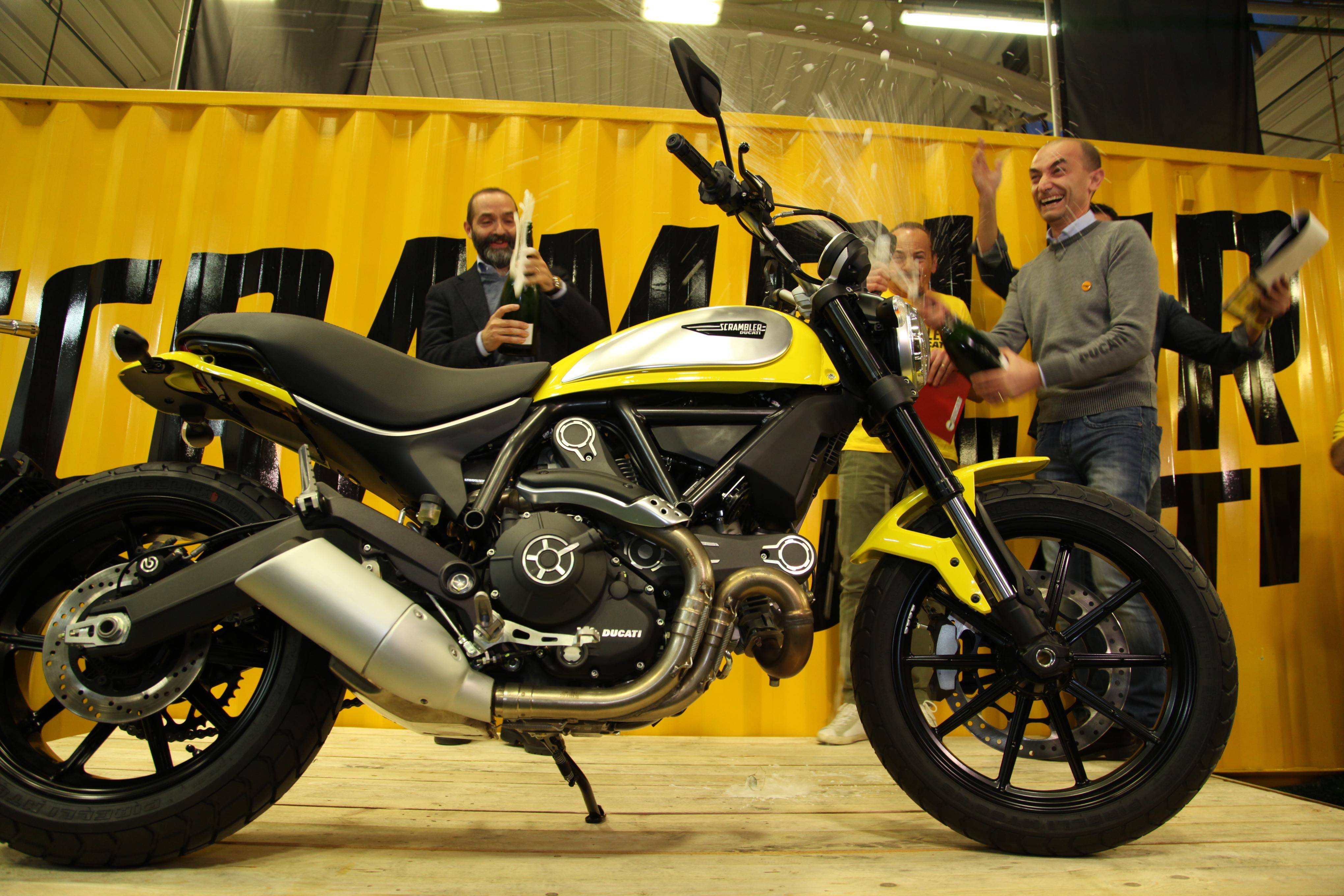 Scrambler Ducati: a Bologna è iniziata la produzione