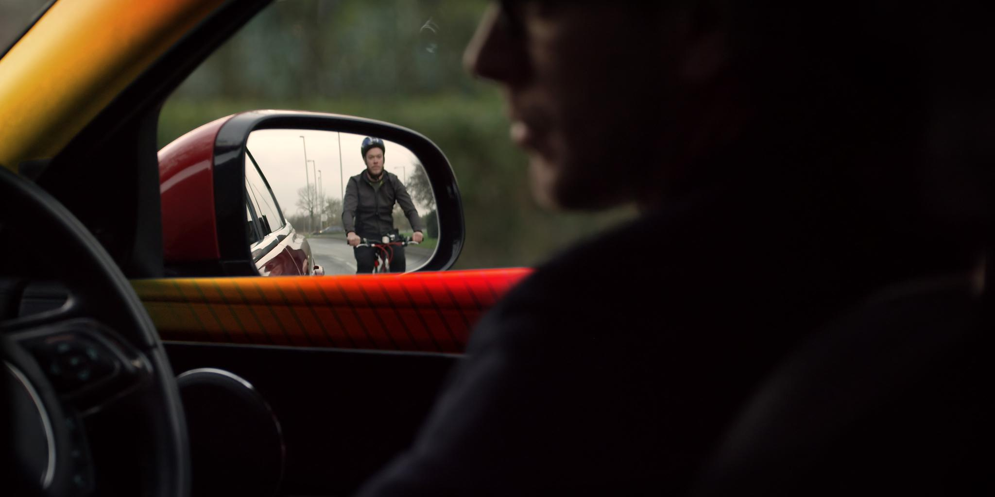 Jaguar-LR Bike Sense, per prevenire gli incidenti