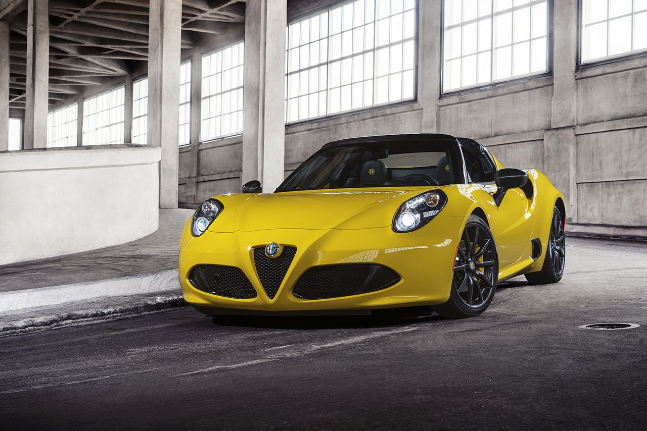 Detroit: Alfa Romeo 4C Spider