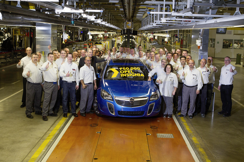 Opel Insignia a quota 750.000