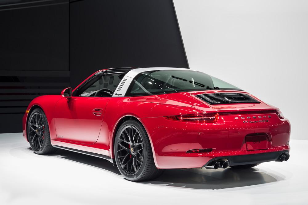 Detroit: Porsche 911 Targa 4 GTS e Cayenne Turbo S