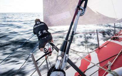 Volvo Ocean Race: Dongfeng sempre leader