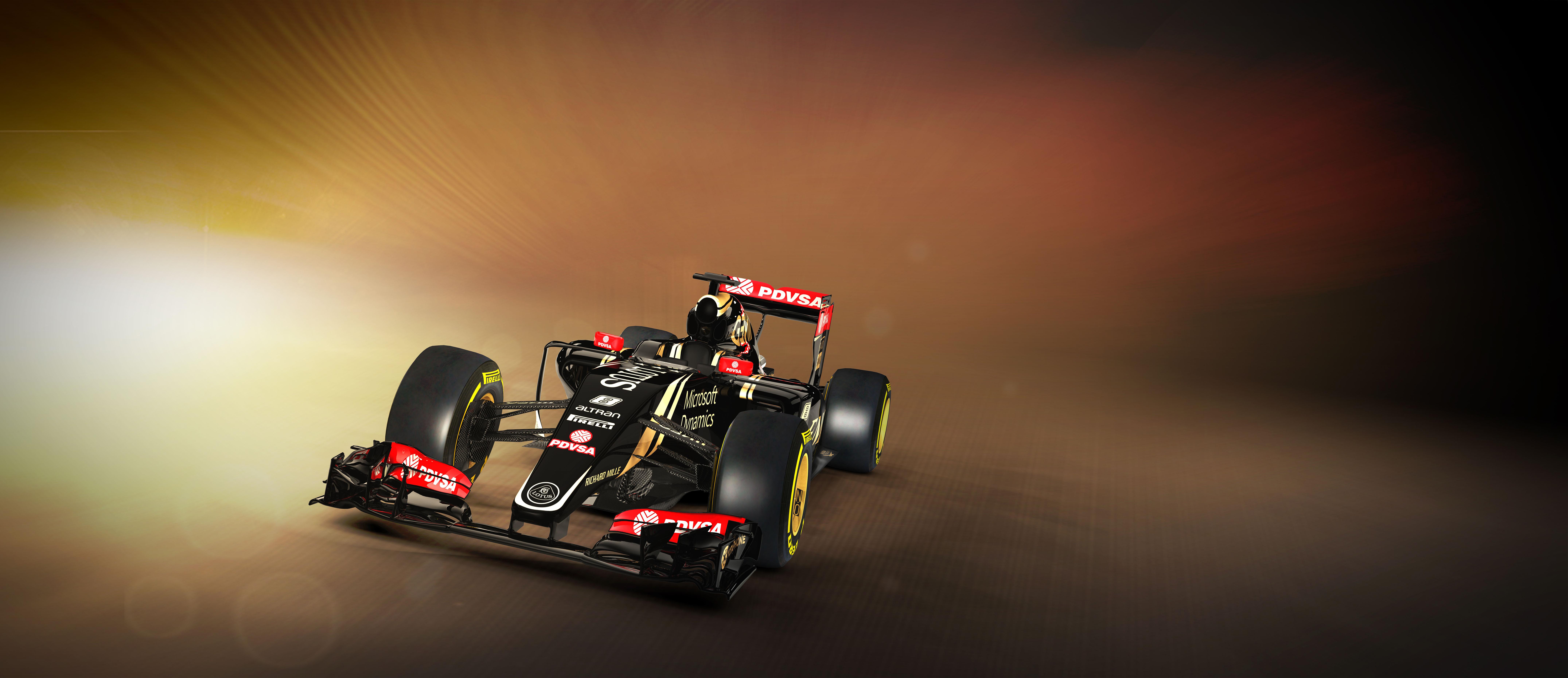 Lotus E23 Hybrid: prime immagini