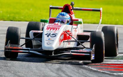F.Renault 2.0: Cazzaniga con GSK Grand Prix