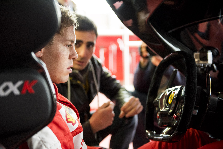 """Vettel sulla FXX K: """"Mamma mia!"""""""