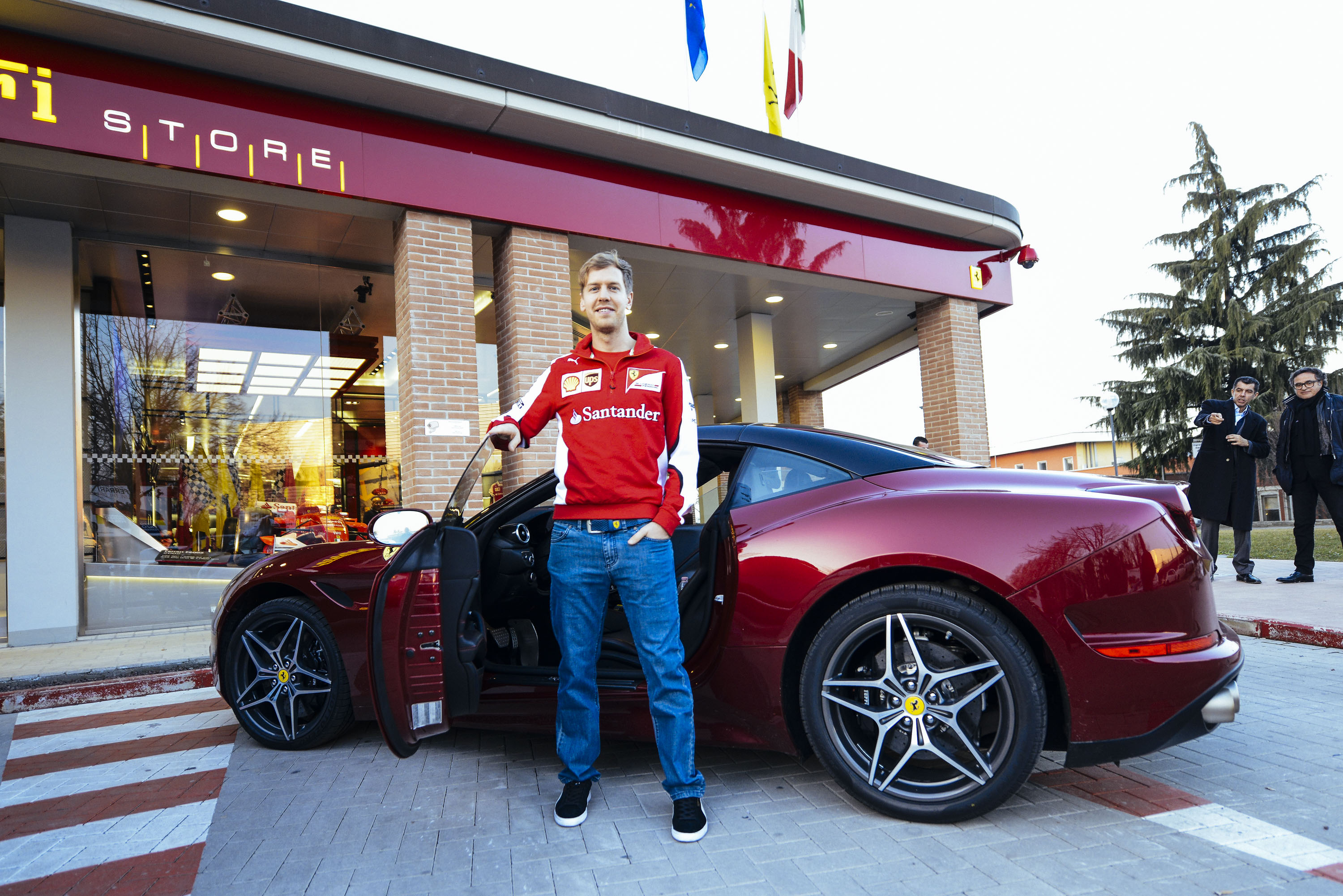 Ferrari Store  Apparel and merchandise  Official Ferrari
