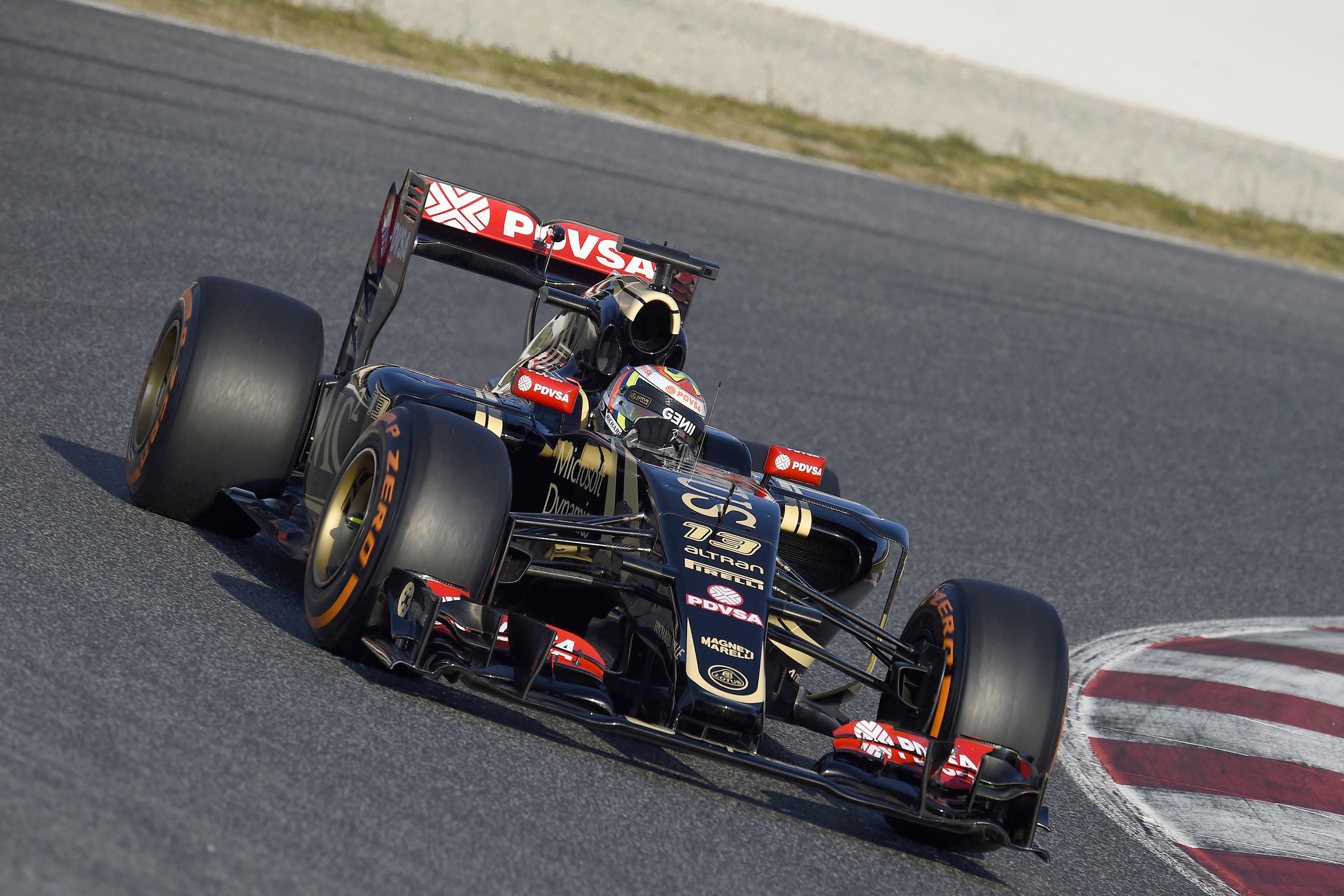 Test F1: Lotus al top. Marchionne visita i suoi