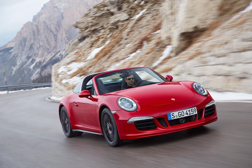 Porsche: 16.000 consegne a gennaio
