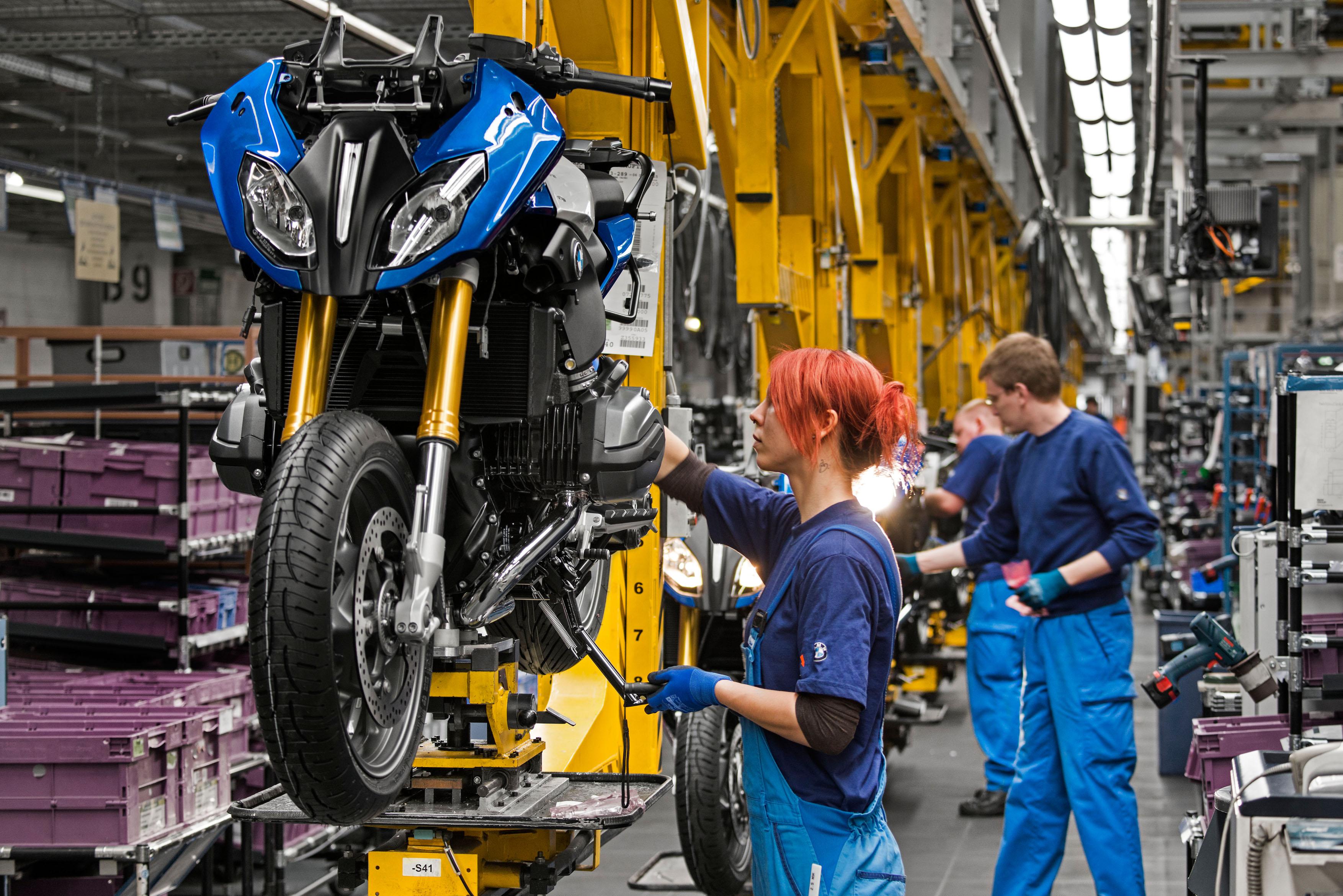 BMW R 1200 RS: inizio produzione a Berlino